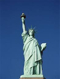 「自由女神紀念品」的圖片搜尋結果