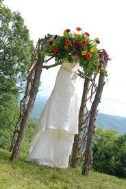 Decorating A Trellis For A Wedding Wedding Trellis Plans