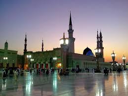 masjid nabvi history in urdu essay masjid nabawi ki tameer jis din aap madina ke andar tashreef laye us roz shaba karaam aap saww ke sath sath chal rahe thay aap saww ki hifazat ki hatir un ke hathon mein naizay