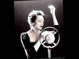 <b>Edith Piaf</b> - La Vie En Rose - YouTube