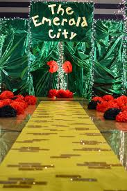 take me to the emerald city wizard of oz theme is perfect for kd wizard of oz door ideas and for those of you who use my journeys packets