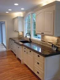 brown granite kitchen top