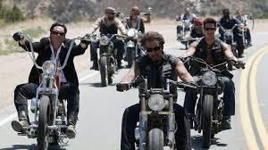 Demande biker(renommer en Son's Of Anarchy) Images?q=tbn:ANd9GcTifB4QByCUrXo55tM7jiVRmxhQ8IkeJ279-dIOT5_rMsFv_6k5