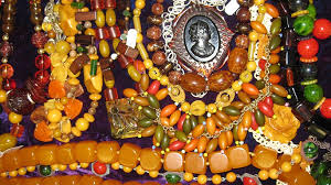 Image result for bakelite jewelry