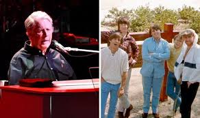 The <b>Beach Boys</b> members: How many members have there been in ...