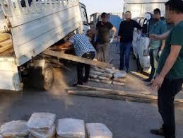 Adana'da kalas yüklü kamyonetten 116 kilo esrar çıktı