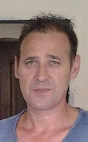 El camionero leonés, Antonio Valenzuela, que sigue en Sierra Leona volverá a Sabero el día 19, según comunicó el mismo ayer a este periódico. - 851114_1