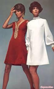 Платье взято из 60-<b>70</b> х годов. За основу взяли это платье ...