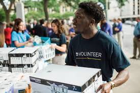 the best workplaces for charity and volunteering com best workplaces for giving back 2017 usaa
