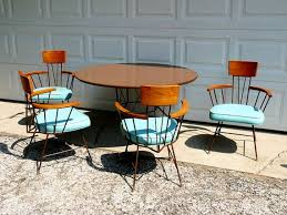 mid century modern dining table and chairs mid century modern dining table and chairs