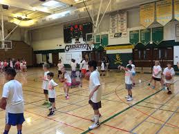 garth brooks gives chicago children a lesson in teamwork the 2014 09 06 2014090612 39 36 jpg