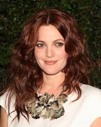 Drew Barrymore. Drew Barrymore DFree / Shutterstock.com. Waar kennen we haar ook alweer van? Al op zeer jonge leeftijd was Drew te zien in een grote ... - Drew-Barrymore2