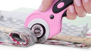Best <b>Rotary Cutter</b> for Fabric 2019 | [Recommended]