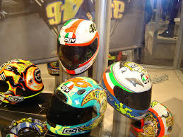 <b>Motorcycle helmet</b> - Wikipedia