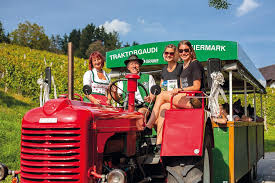Styria – Apple Road Tractor Jamboree (Train <b>Station Anger</b>)