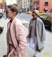 gigi hadid dishes about working zayn k i wish i could gigi hadid dishes about working zayn k i wish i could be on set him every day photo 3628156 gigi hadid yolanda foster pictures just