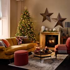 <b>Christmas colour</b> schemes to brighten up your home