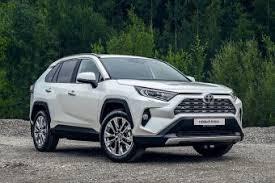 Новая Toyota RAV4 российской сборки: от 1 756 000 рублей