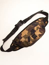 купить <b>Сумка URBAN CLASSICS</b> Camo Shoulder Bag камуфляж в ...