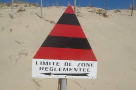 Vers l'estuaire de la Loire (Pornichet/LaBaule, St Brévin...) au fil du temps... - Page 6 Images?q=tbn:ANd9GcTmWeU6ppr8FTxiaFnbvUKW-8-Kl-IIYTTgohjFr2u1A-XnTXArFA