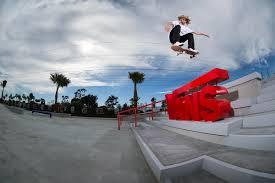 <b>Vans</b> Off the <b>Wall</b> Skatepark