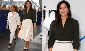 <b>Crown</b> Princess Mary of Denmark stuns in recycled skirt at ...