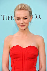 tutorial plus flapper fashions carey mulligan 39 s great gatsby premiere hair and makeup it has finally happened so now