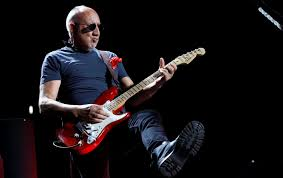 The Who's <b>Pete Townshend</b> doesn't enjoy performing. Here's what ...