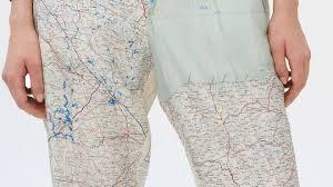 Французский дизайнер создал <b>брюки</b> с картой Ленобласти