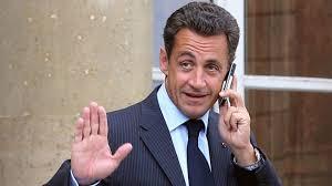باريس - ساركوزي يعلن عودته للحياة السياسية