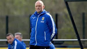 Promising trainer Oosting interim coach at <b>Vitesse</b> after leaving Slutsky