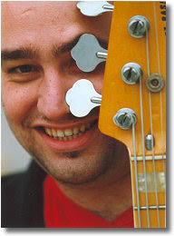 Giovanni Buzzurro nasce ad Agrigento il 6 aprile del 1974 all'età di dieci anni inizia lo ... - giovannibuzzurro1