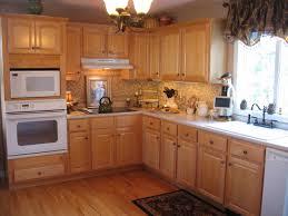 Honey Maple Kitchen Cabinets Kitchen Cabinets With Granite Countertops Honey Maple Kitchen