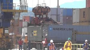 Resultado de imagem para Foto: trabalho no porto