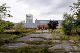 abandoned vikpahwa com metrolinx has a expropriated this old oshawa knob hill