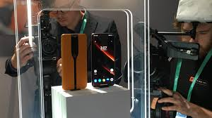 The <b>OnePlus</b> Concept <b>One</b> smartphone can make its camera ...
