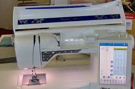 Husqvarna/Viking Designer <b>Diamond</b> Royale Review | Sewing Insight