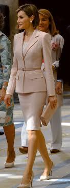 best ideas about skirt suit skirt suits work queen letizia pale pink suit maacutes