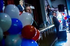 Marine Le Pen : petites salles et grands espoirs