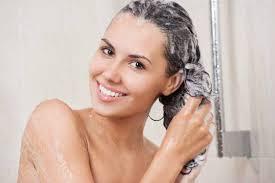 <b>Шампунь для глубокой</b> очистки волос: что это такое и ТОП-3 ...