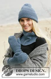 <b>Blue</b> Winter / DROPS 204-36 - Free <b>knitting</b> patterns by DROPS ...