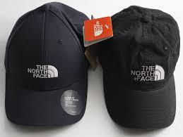 Сравниваю оригинал и подделку бейсболки The <b>North</b> Face