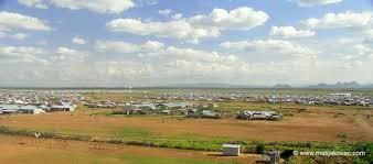 Resultado de imagem para Fotos do campo de refugiados de Uganda