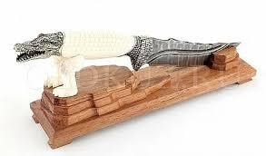 Купить <b>авторские ножи из дамасской стали</b>