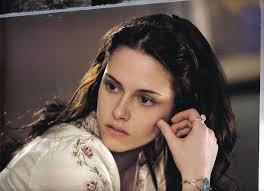 Sembra che l'ispirazione venga da Bella Swan, la protagonista della serie tivù Twilight. Che sia la cultura pop a dettare la scelta dei nomi non mi ... - Bella