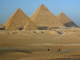 giza pyramids essay essay on pyramids