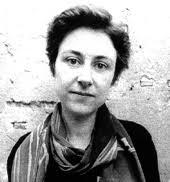 1983-91 Kompositionsstudium bei Frank Michael Beyer und Gösta Neuwirth gleichzeitig Belegung der Fächer Musikwissenschaft, Kunstgeschichte und Philosophie. - mundry