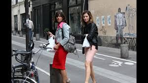 Paris <b>Street Style</b>- <b>Street fashion</b> in Paris - YouTube