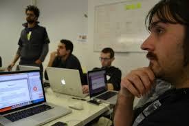 ... Javier Megías o Jesus Gallent y organizadores como Javier Echaleku, Daniel Peris o Juanra Vidal (podéis ver aquí a mentores y organizadores, ... - startup-weekend-11