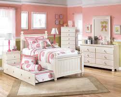 warm gray wood pc bedroom set